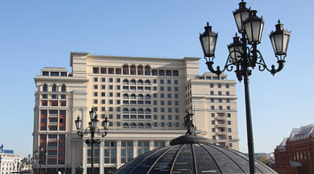 В капитал нового ОАО Москва внесла акции 15 гостиничных комплексов, в том числе гостиницы «Москва». Фото: РИА Новости