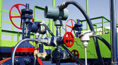 Согласно статистике Минэнерго, в январе-ноябре было добыто 451,634 млн тонн нефти, что на 5,3 млн тонн больше, чем за аналогичный период прошлого года. Фото: РИА Новости