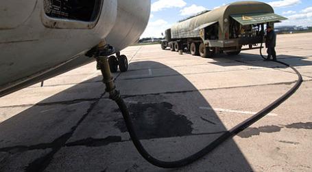 Авиакомпаниям недоливают керосин. Фото: РИА Новости