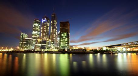 Руководство корпорации MIRAX GROUP грозит сократить этажность башни «Восток». Фото: РИА Новости