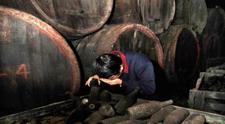 Выставленный на продажу винный цех за несколько недель потерял в площади 20%. Фото: ИТАР-ТАСС