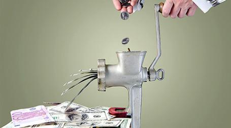 Чистые спекулятивные позиции по евро против доллара стали убыточными впервые за последние восемь месяцев.Фото: alexey05/flickr.com