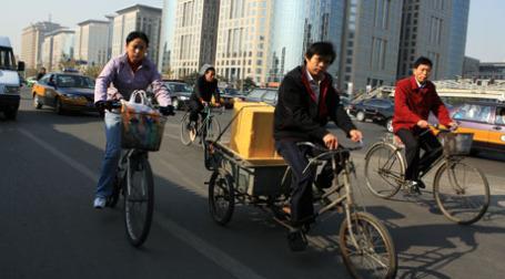 Ездить по Пекину на автомобиле значительно проще, чем по Москве. Фото: BFM.ru