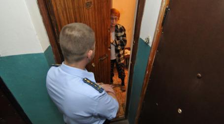 Приставы хотят знать номера телефонов своих должников. Фото: РИА Новости