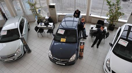 Работа автосалона General Motors. Фото: Митя Алешковский/BFM.ru