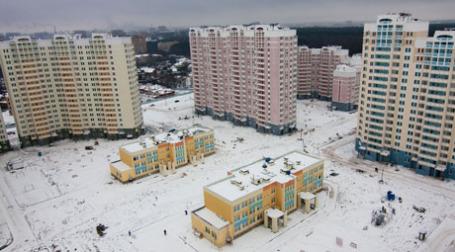 В декабре количество объектов-новостроек в  продаже достигло в Москве 324 домов. Фото: Алексей Корольчук