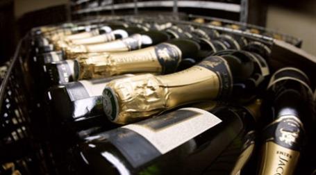 Шампанское. Фото: AFP