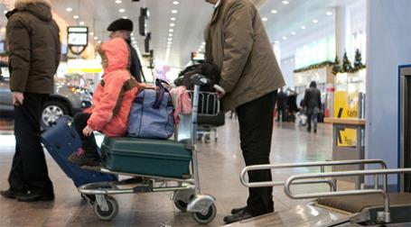 Возвращение в Москву с новогодних каникул обернулось нелегким испытанием для прилетающих в