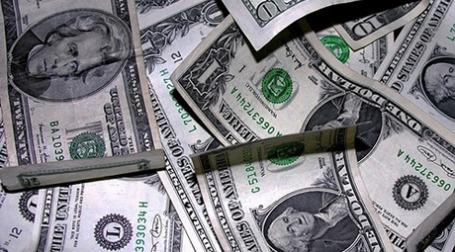 Курс доллара упал на 79 копеек, до 29,50 рубля. Фото: thinkpanama/flickr.com