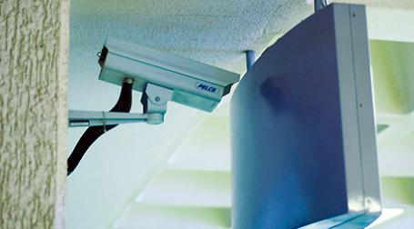 В Москве взят под стражу руководитель компании, занимавшейся в столице обслуживанием камер видеонаблюдения, которые не работали. Фото: miskan/flickr.com