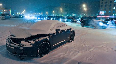Госдума приняла закон, обязывающий страховщиков учитывать износ автодеталей при расчете выплат по ОСАГО. Фото: Дмитрий Алешковский