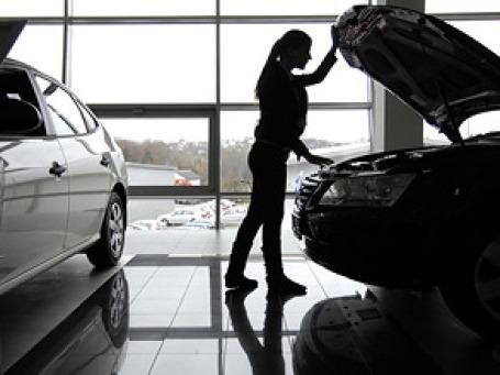За неделю автодилеры приняли около 7 тысяч утилизационных сертификатов. Фото: РИА Новости