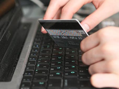 На кошельки в различных интернет-системах россияне в прошлом году положили 17 миллиардов рублей. Фото: Григорий Собченко/BFM.ru