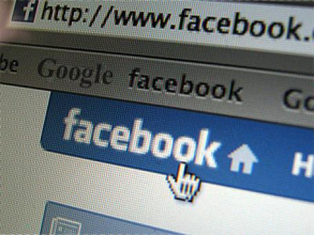 Facebook потеснил Google в показателях популярности у пользователей. Фото: Salvo Vaccarella/flickr.com