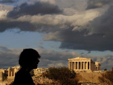 Получить греческую визу россиянам уже в этом году будет проще, а действовать она будет дольше. Фото: AP