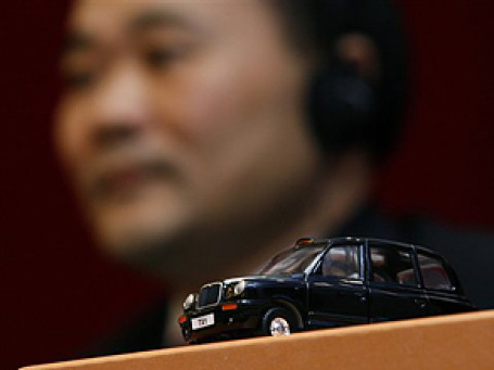 Производство лондонских черных кэбов переезжает в Китай. Фото: AP