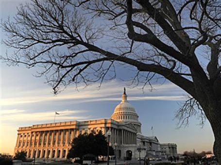 Конгресс США одобрил законопроект о здравоохранении. Фото: AP