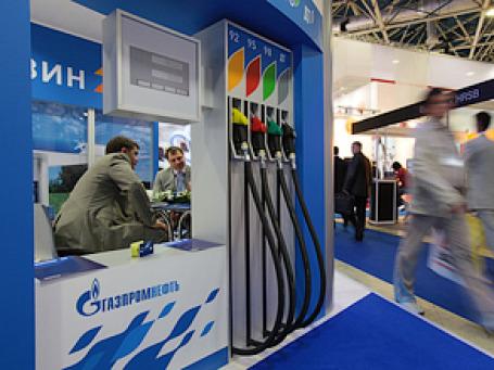Компанию «Газпром нефть» заподозрили в намерении купить одну из крупнейших автозаправочных сетей в Великобритании. Фото: РИА Новости