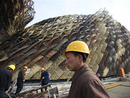 Строительство немецкого павильона для Shanghai World Expo. Фото: AP