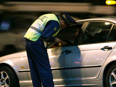 20-летнего стажера  уволили из-за потери листка с записями госномеров автомобилей первых лиц государства. Фото: РИА  Новости