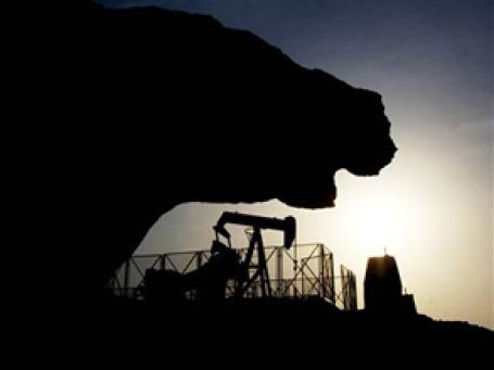 Для глобальной экономики рост цен на нефть может стать поцелуем смерти. Фото: AP