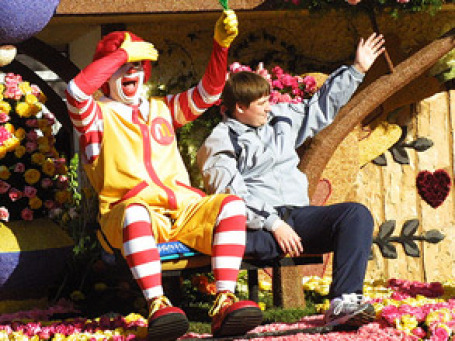 Клоун Роналд Макдоналд уходит из McDonald's. Фото: confidence, comely/flickr.com