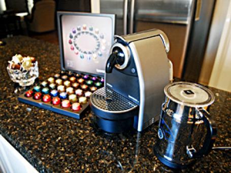 В последние десять лет капсульные кофемашины Nespresso  заполонили миллионы современных европейских кухонь. Фото: 小强@Melbourne/flickr.com