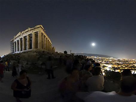 Финансовые сумерки сгустились над Афинами. Фото: spapax/flickr.com