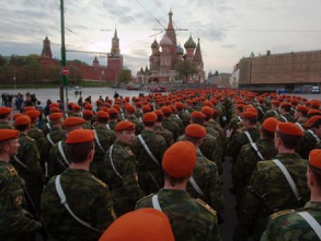 Юбилейный парад 9 мая 2010 года по масштабности должен стать беспрецедентным. Фото: РИА  Новости