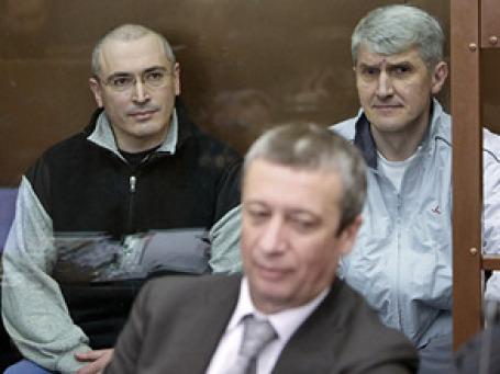 ихаилу Ходорковскому и Платону Лебедеву продлили срок содержания под стражей. Фото: РИА Новости