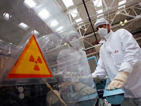 Большие реакторы для энергокомпаний обходятся в 2,3 млрд. долларов и генерируют 1,2 ГВт энергии, а малые реакторы стоят 50 млн. долларов с мощностью 25 МВт. Фото: РИА Новости