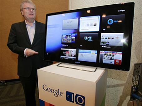 Председатель совета директоров Sony Говард Стрингер на презентации Google TV. Фото: АР