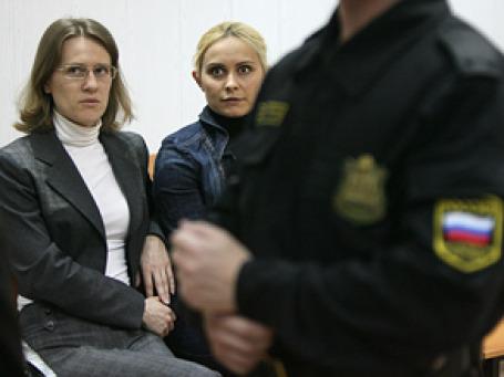 Вера Японцева и Нина Юрова ( на фото слева направо) утверждают, что хотели лишь вернуть причитающееся. Фото: Григорий Собченко/BFM.ru