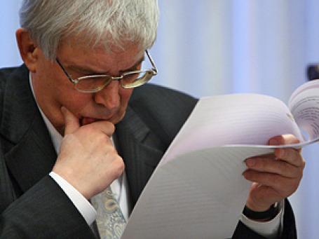 Глава Центробанка Сергей Игнатьев готов влиять на валютный курс. Фото: РИА Новости