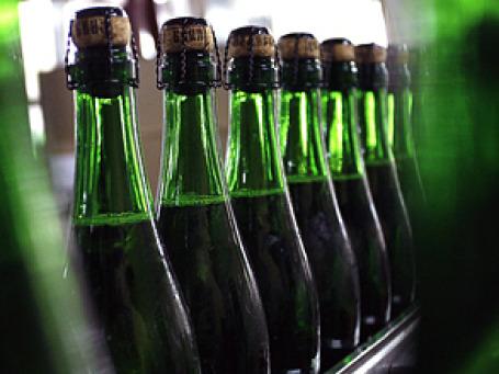 Новым техрегламентом законодатели хотят регламентировать требования к производству винодельческой продукции и прописать терминологию. Фото: РИА Новости