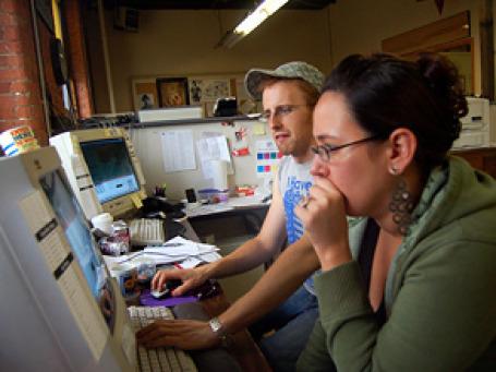 Пользователей пытаются пристыдить, воспитать,  даже напугать. Фото: Dalboz17/flickr.com