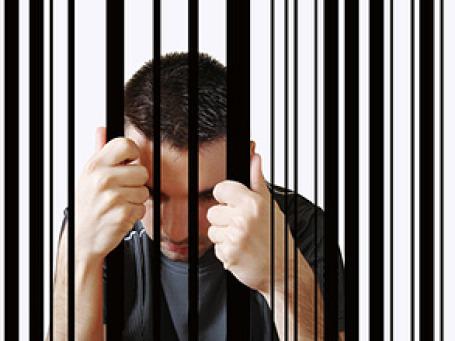 В тюрьму для профилактики надо отправить владельцев сети  «ВКонтакте» и ее пользователей: школьников и студентов. Фото: PhotoXpress