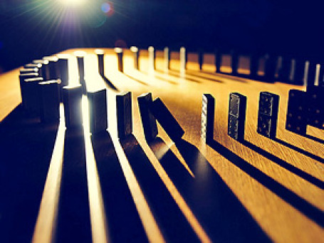 За май во всем мире отложили размещение, по меньшей мере, 20 компаний, они опасаются что европейский долговой кризис распугает инвесторов. Фото: Flightlessfoofaraw/flickr.com