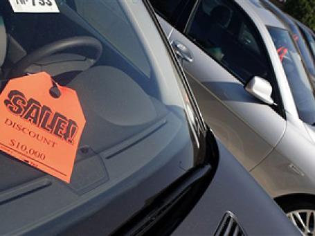 В июне продажи новых автомобилей в Старом свете снизились на 6,2%. Фото: AP