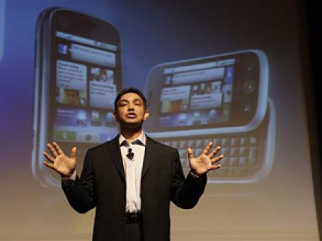 Подавляющее большинство мобильных устройств, которые выйдут на рынок в ближайшие пять лет, будут работать на платформе Android, — заявил глава компании Motorola Саньджай Джа. Фото: AP