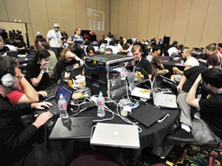 Конференция хакеров Defcon 18. Фото: nateOne/flickr.com