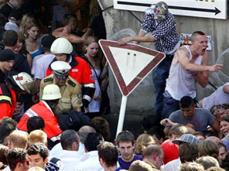 О возможной давке на фестивале были предупреждены и организаторы, и местные власти. Фото: AP