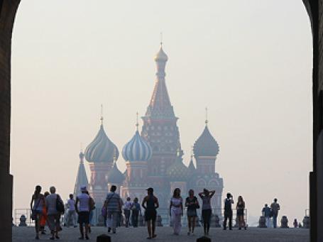 Смог в Москве становится все заметнее. Фото: Григорий Собченко/BFM.ru