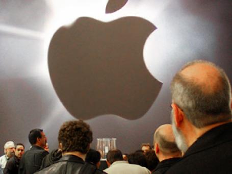 Компания Apple, не так давно испытывавшая значительные финансовые трудности, смогла вернуть себе титул самого дорогого бренда. Фото: SeenyaRita/flickr.com