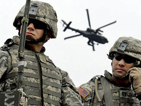Пентагон, в разгар войны в Афганистане, объявил о резком сокращении военных расходов. Фото: AP
