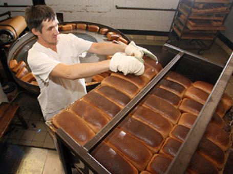 Антимонопольная служба подозревает московские хлебозаводы в ценовом сговоре. Фото: РИА Новости