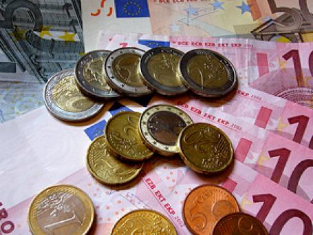 Курс евро во второй половине лета этого года падает на мировом рынке, и, как следствие, евро снижается и по отношению к рублю. Фото: donaldtownsend/flickr.com