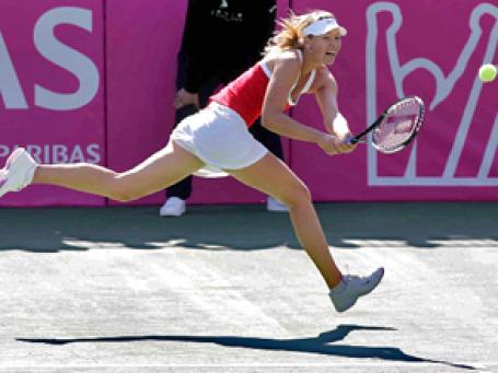 При росте 188 см Мария Шарапова станет удобной мишенью для соперниц, если не восстановит свою легендарную подачу. Фото: РИА Новости