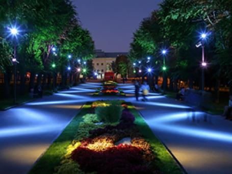 Новое освещение от Philips в парке Победы в Волгограде. Фото предоставлено пресс-службой Philips