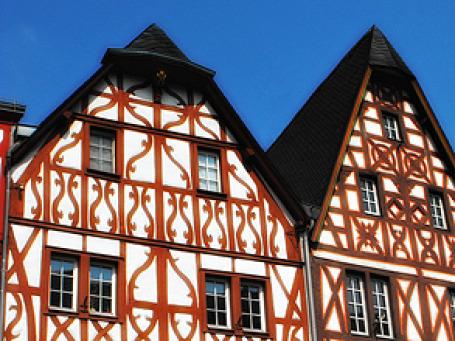 За минувшие 10 лет цены на немецком рынке жилой недвижимости практически топтались на месте. Фото: BurgTender/flickr.com